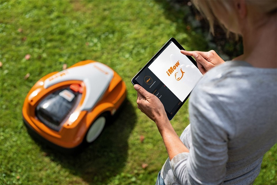 iMOW: Smart Gardening with innogy and STIHL